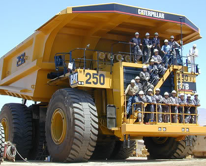 caterpillar truck4 The Worlds Largest Trucks Caterpillar 797 Series