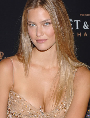 bar refaeli Bar Refaeli Is Sexiest Woman in 2012 by Maxim