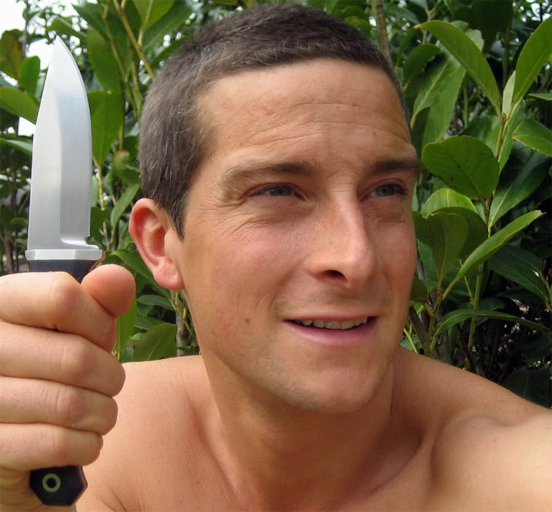 survival bear grylls10 Bear Grylls is a Pretty Cool Guy