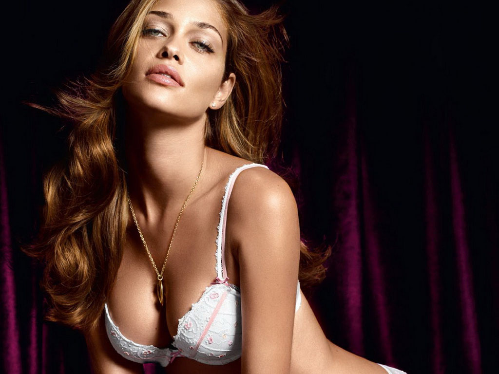 ana beatriz barros Brazilian Hot Model Ana Beatriz Barros