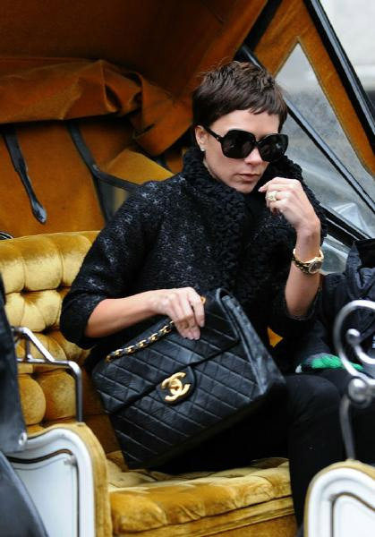 chanel handbag5 Celebrities and Their Chanel Handbags
