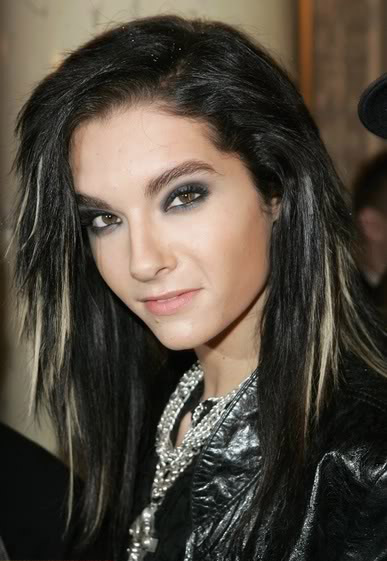 tokio hotel bill kaulitz9 Different Hair Styles by Bill Kaulitz from Tokio Hotel