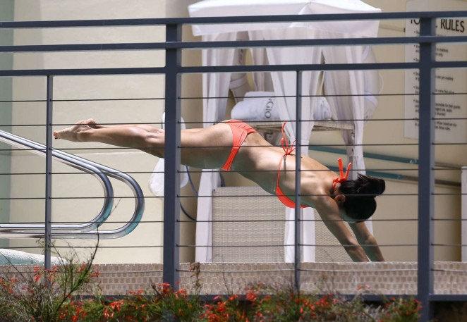 eva longoria bikini6 Eva Longoria in Bikini at Miami