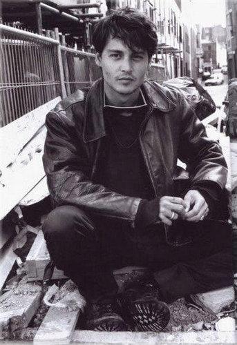 johny depp12 Filmography and Retro Photos of Johnny Depp