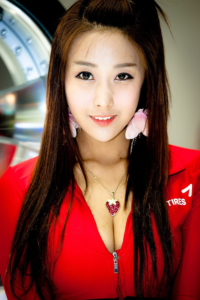 motor show model1 Hot Korean Models at Seoul Motor Show