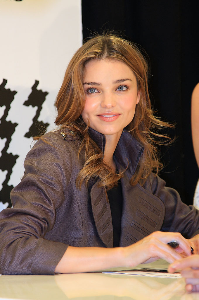 victoria secret angel Miranda Kerr One of Victoria Secret Angels 2011