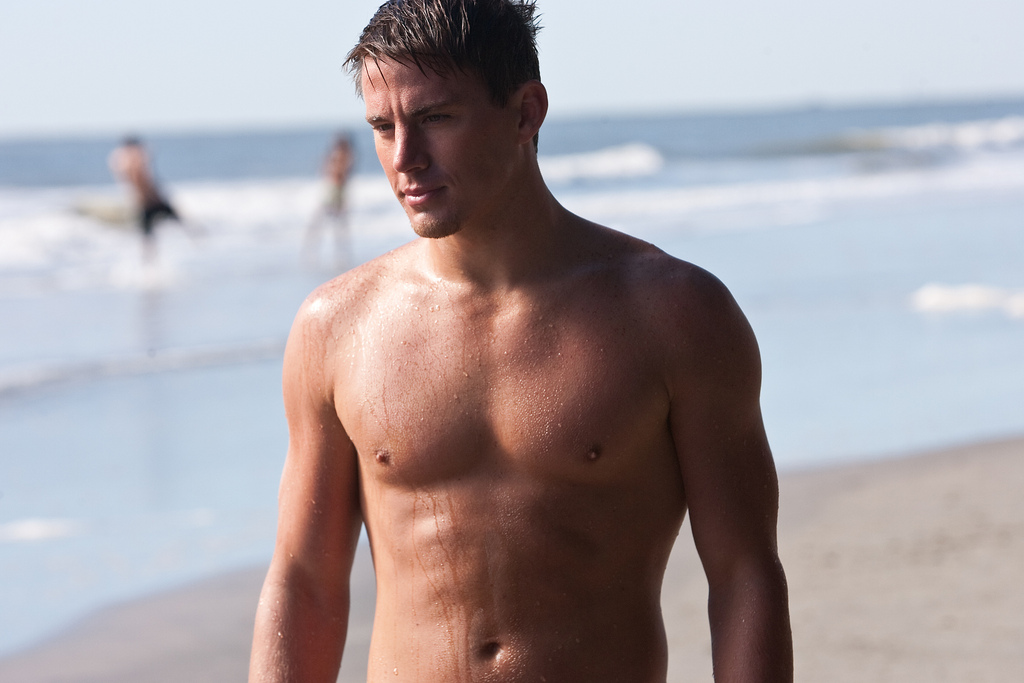 channing tatum2 Shirtless Channing Tatum Comes in Magic Mike Movie
