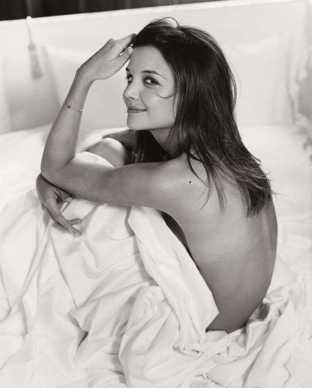 katie holmes in bed4 Sweet Katie Holmes in the Bed