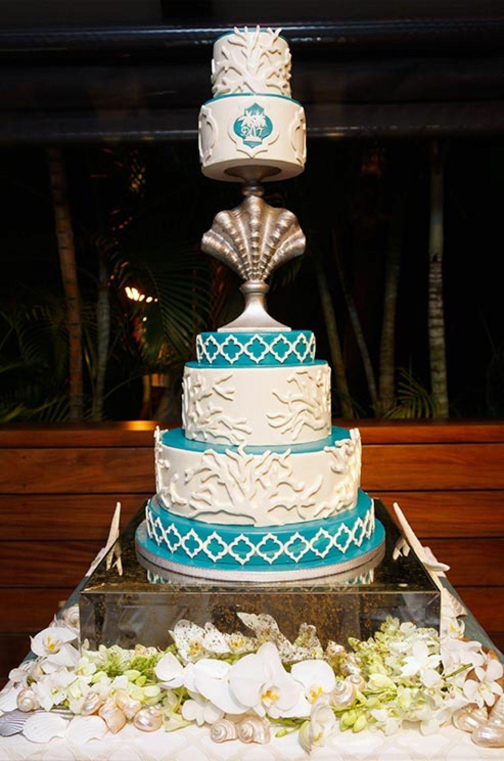 wedding cake12 Creative Wedding Cakes Inspiration