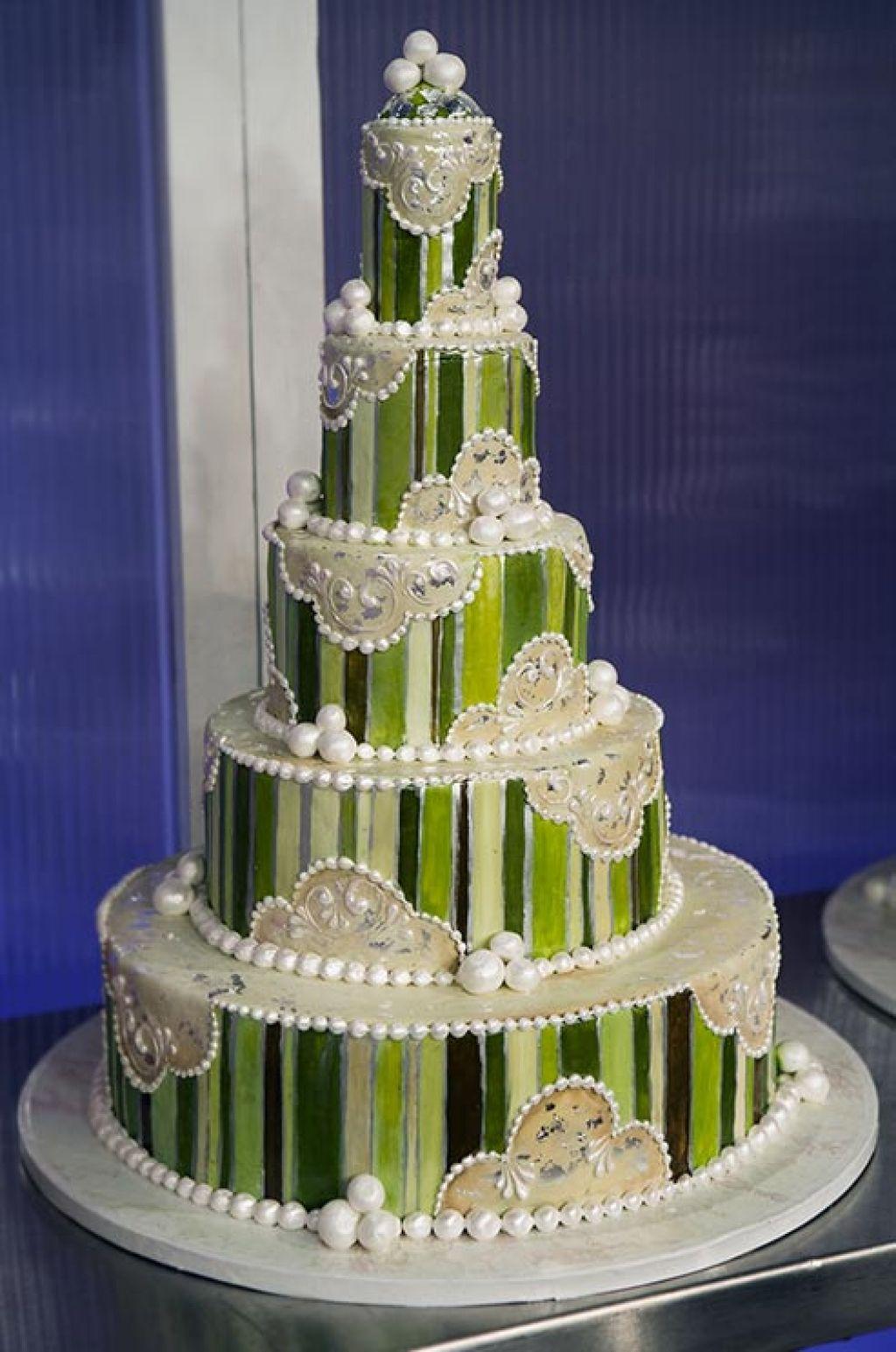 wedding cake6 Creative Wedding Cakes Inspiration