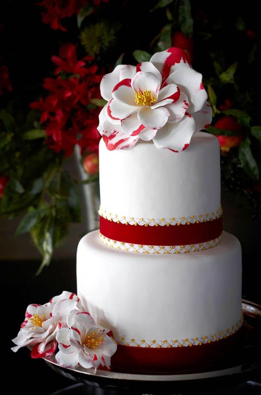 wedding cake7 Creative Wedding Cakes Inspiration