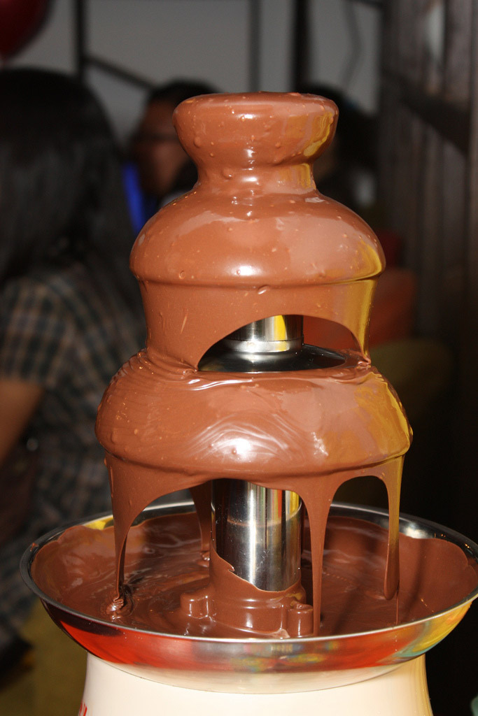 chocolate fountain7 What Kind of Chocolate Could Be Used in a Chocolate Fountain