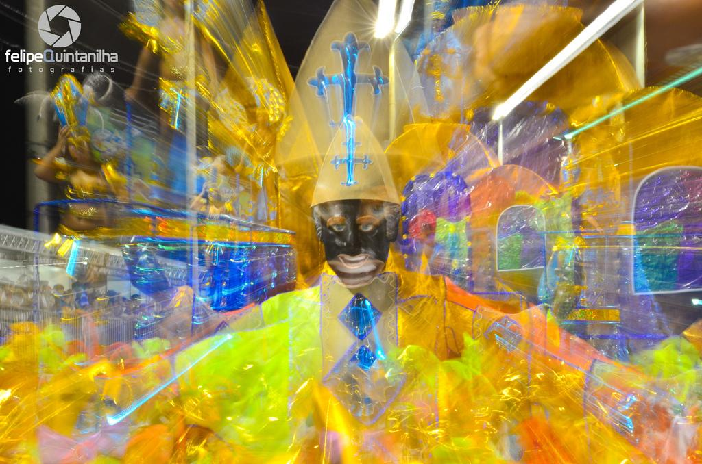 carnival rio 20113 Brazilian Carnival Costumes in Rio de Janeiro 2011