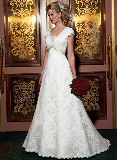 white wedding dress13 Be a Princess in White Wedding Dress