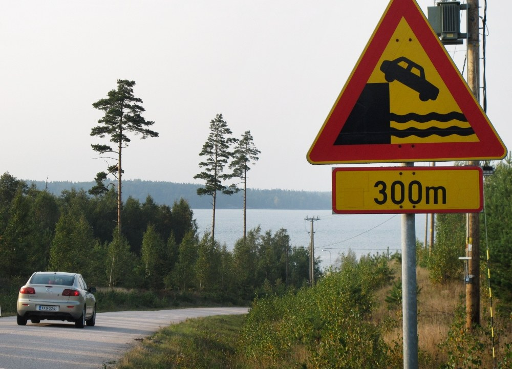 funny road signs 13 Funny Road Signs