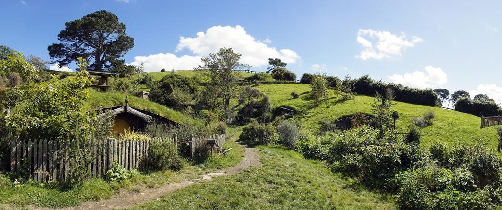 hobbiton movie set3 Hobbiton Movie Set in Matamata, North Island of New Zealand