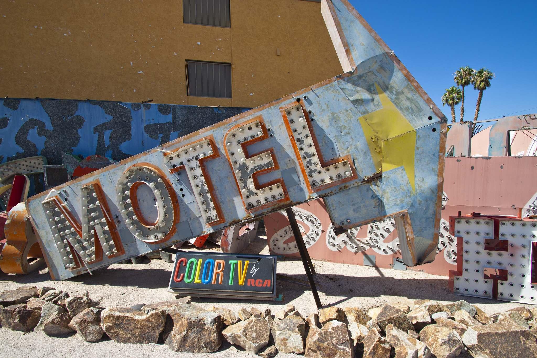 neon boneyard9 Las Vegas Neon Boneyard