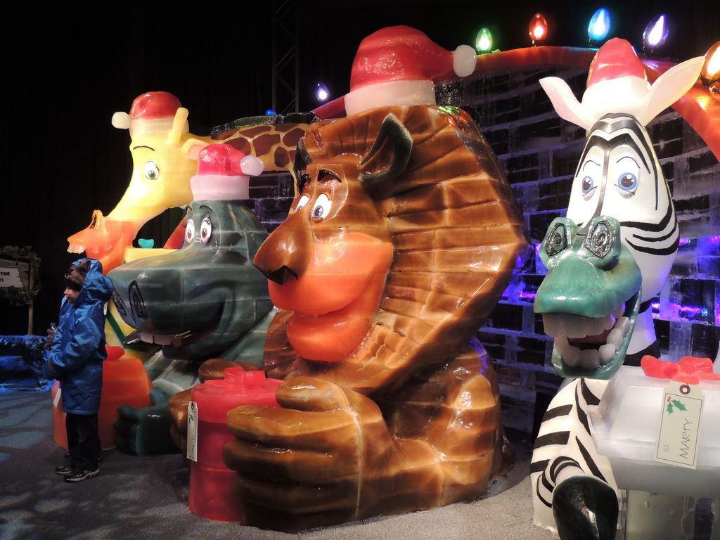 gaylord palms ice Madagascar Ice Sculptures Coolest Exhibit in Orlando