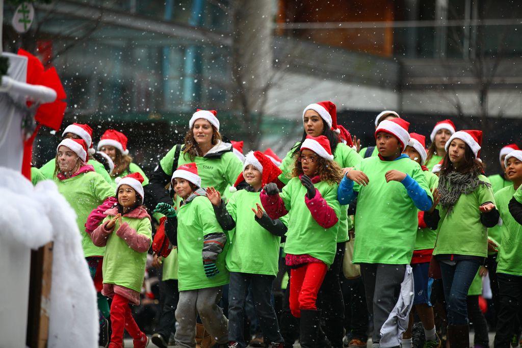 santa claus parade10 Rogers Santa Claus Parade
