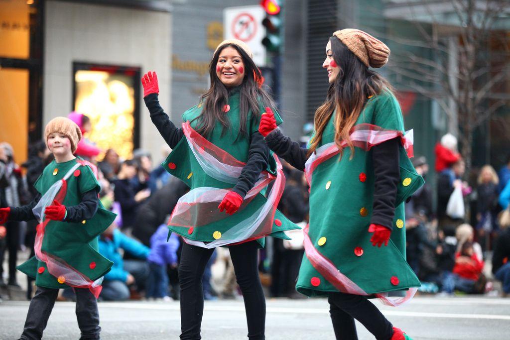 santa claus parade3 Rogers Santa Claus Parade
