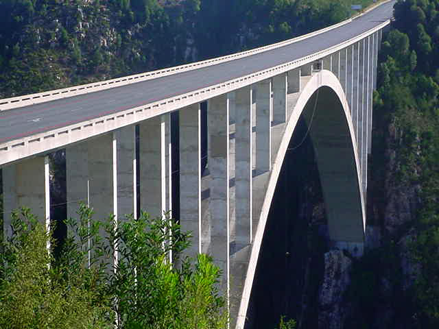 highest bungy Worlds Highest Bungy from 216 m High Bloukrans Bridge