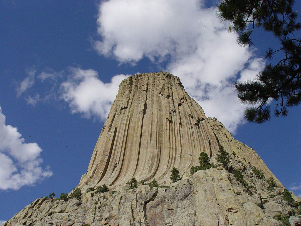 devils tower1 Devils Tower National Monument in Northeast Wyoming