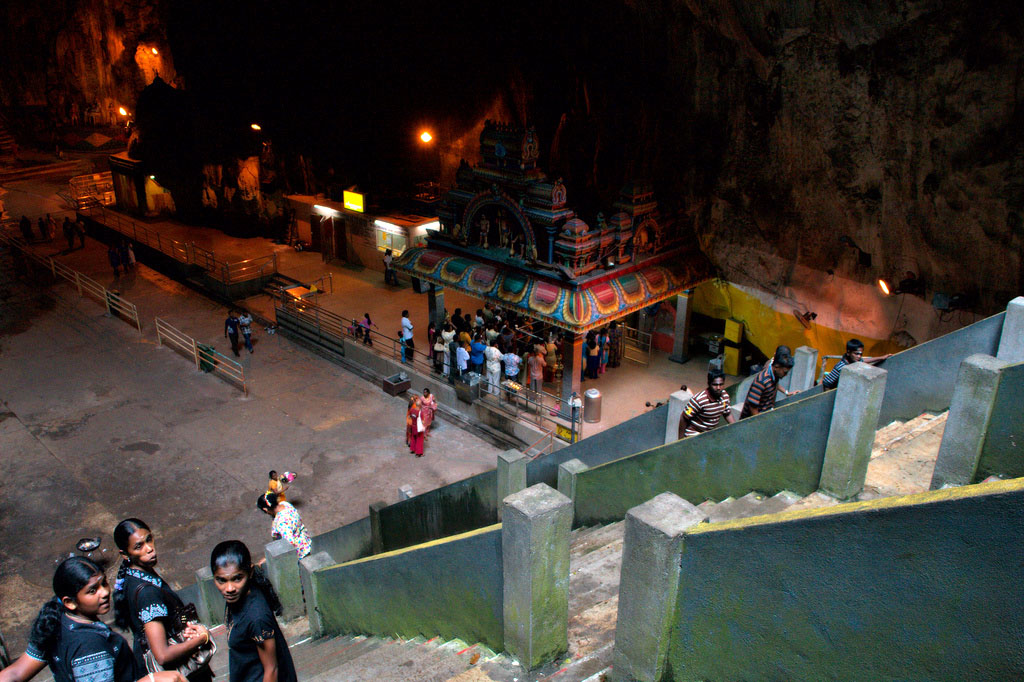 batu caves6 The Magnificent Batu Caves in Kuala Lumpur, Malaysia