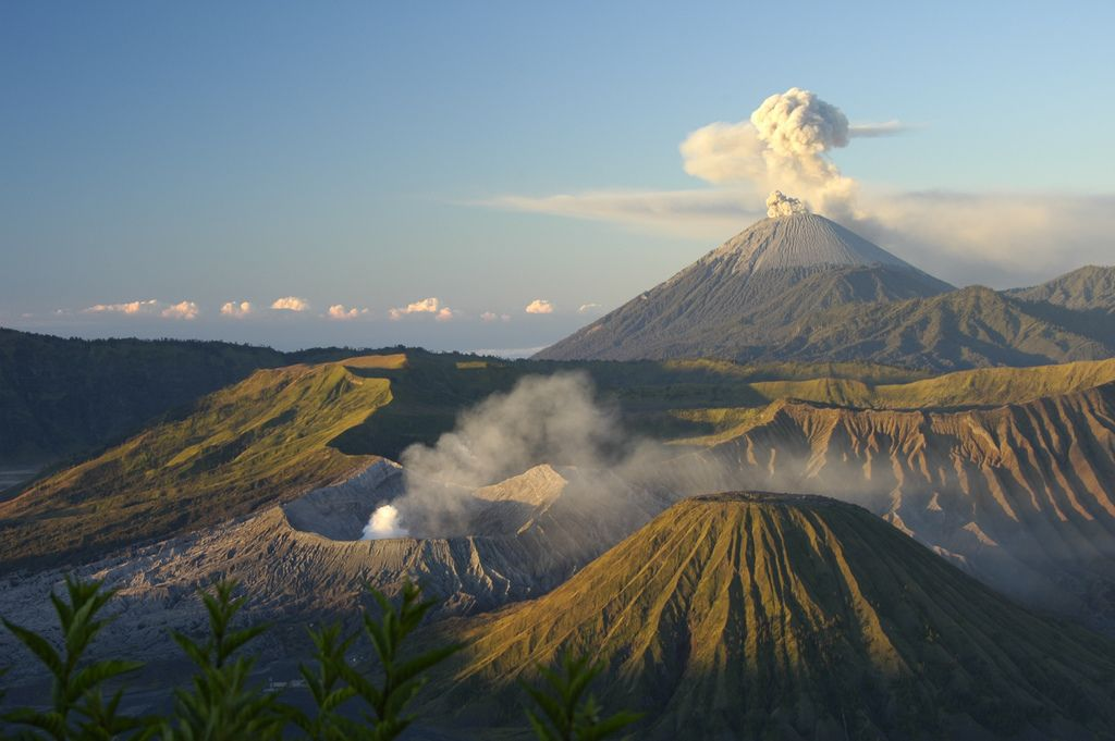 mount bromo2 The Magnificent Mount Bromo Volcano