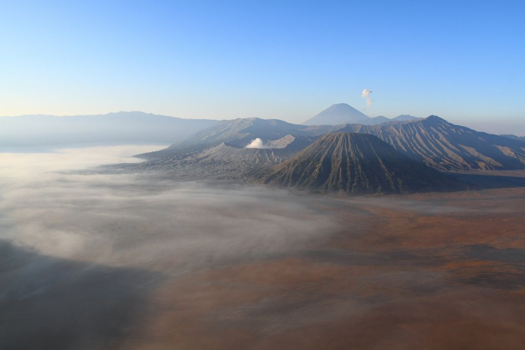 mount bromo6 The Magnificent Mount Bromo Volcano