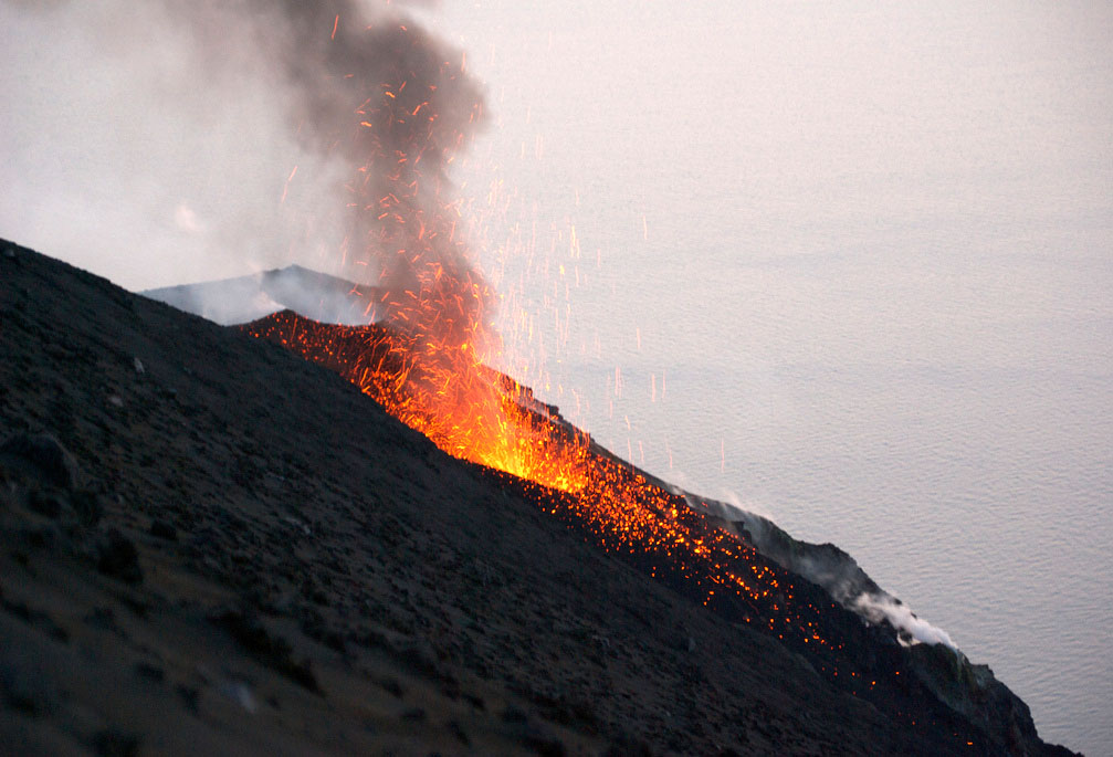 stromboli volcano10 Stromboli   The Most Active Volcano on the Earth