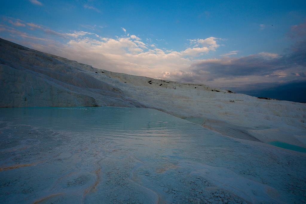 pamukkale14 Sunset in Pamukkale Travertine Terraces, Turkey