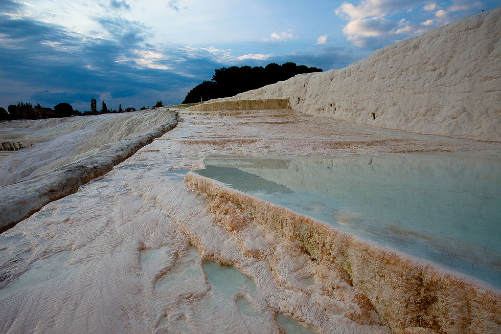 pamukkale9 Sunset in Pamukkale Travertine Terraces, Turkey