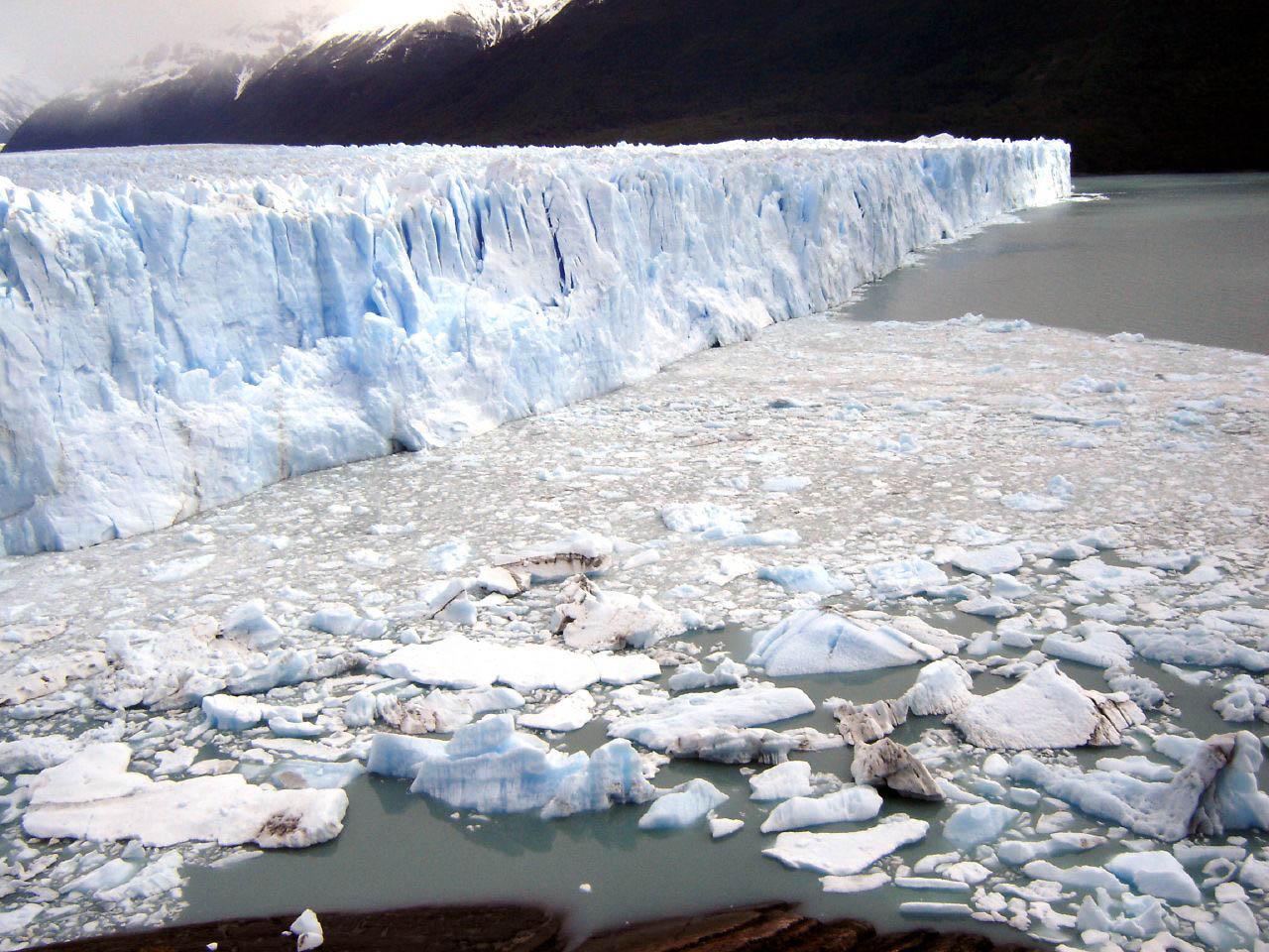 glaciar perito moreno4 Tour to an Enormous Perito Moreno Glacier