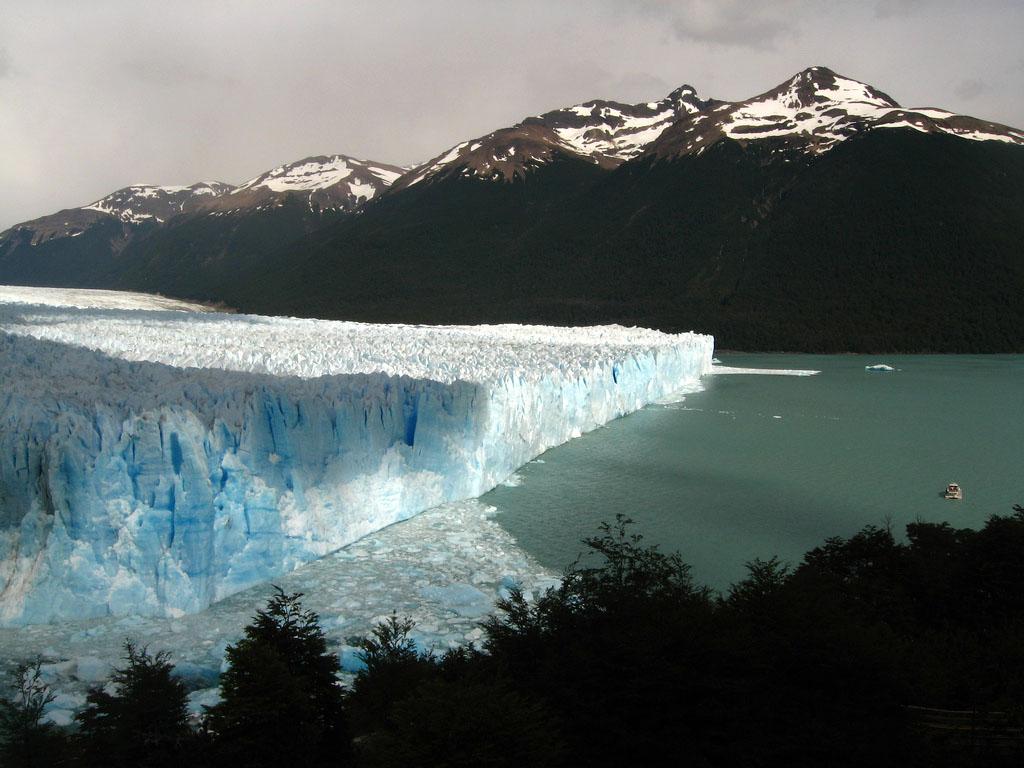 glaciar perito moreno7 Tour to an Enormous Perito Moreno Glacier
