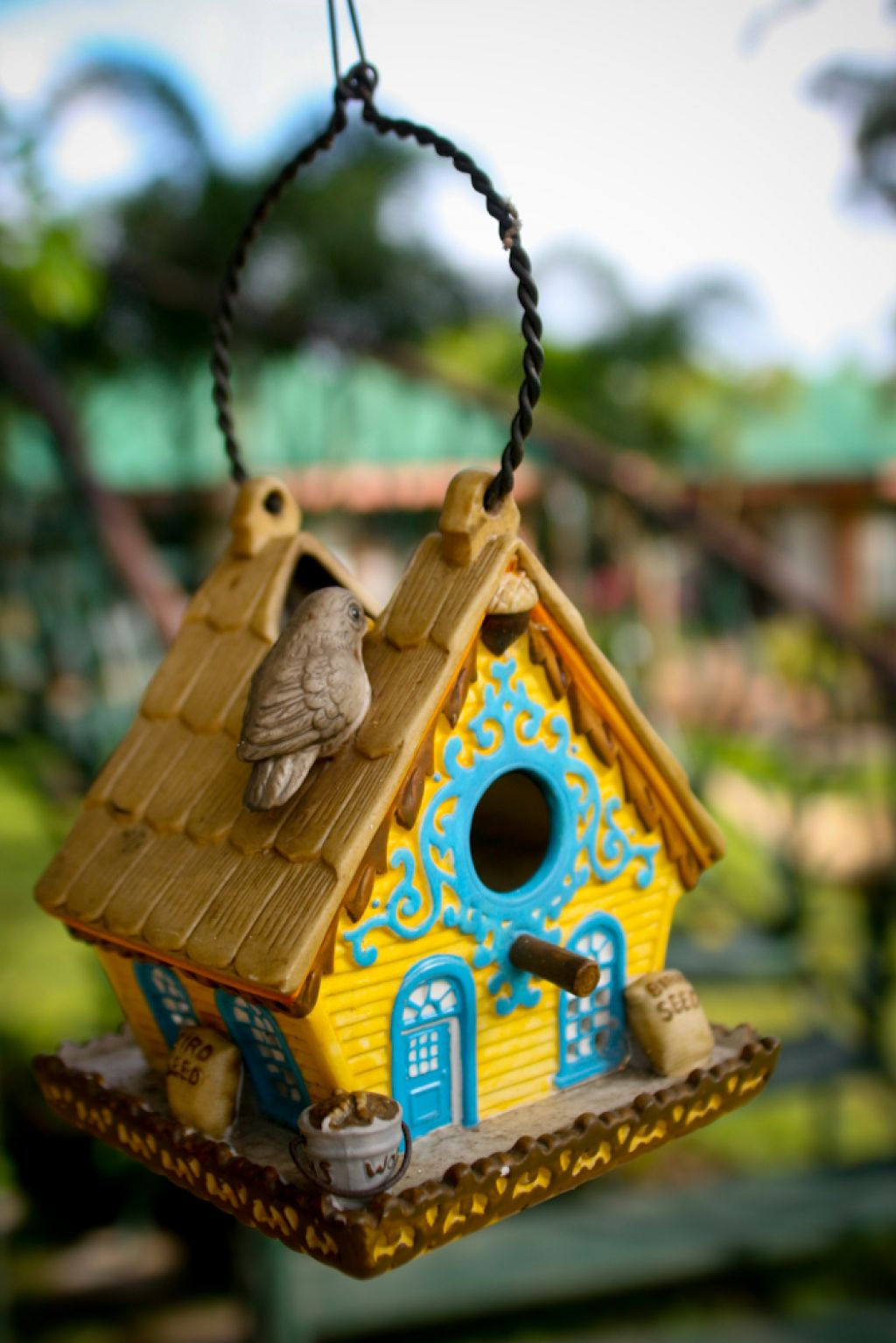 bird house Smarten Up Your Garden with Stylish Bird House