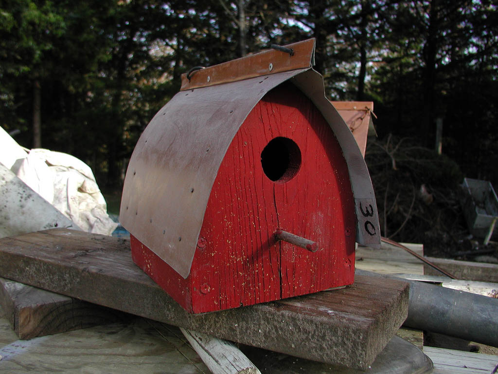 bird house20 Smarten Up Your Garden with Stylish Bird House