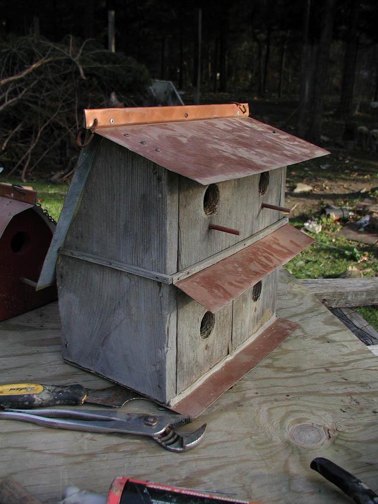 bird house21 Smarten Up Your Garden with Stylish Bird House