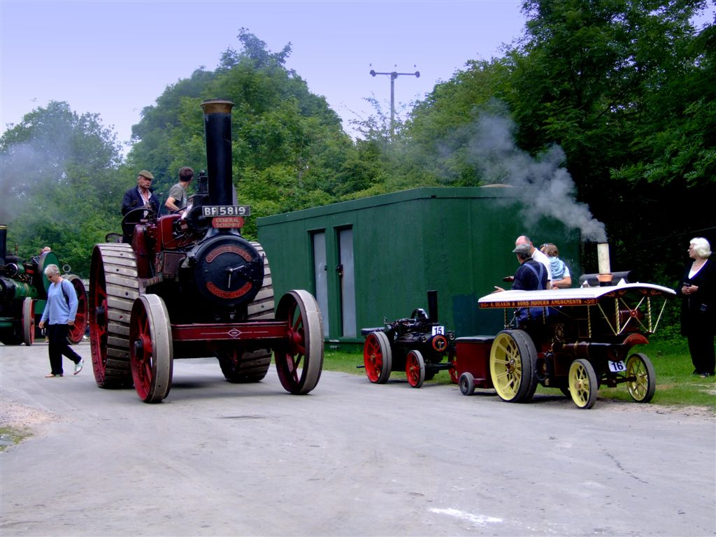 steam power10 Steam Powered Machines on The Road