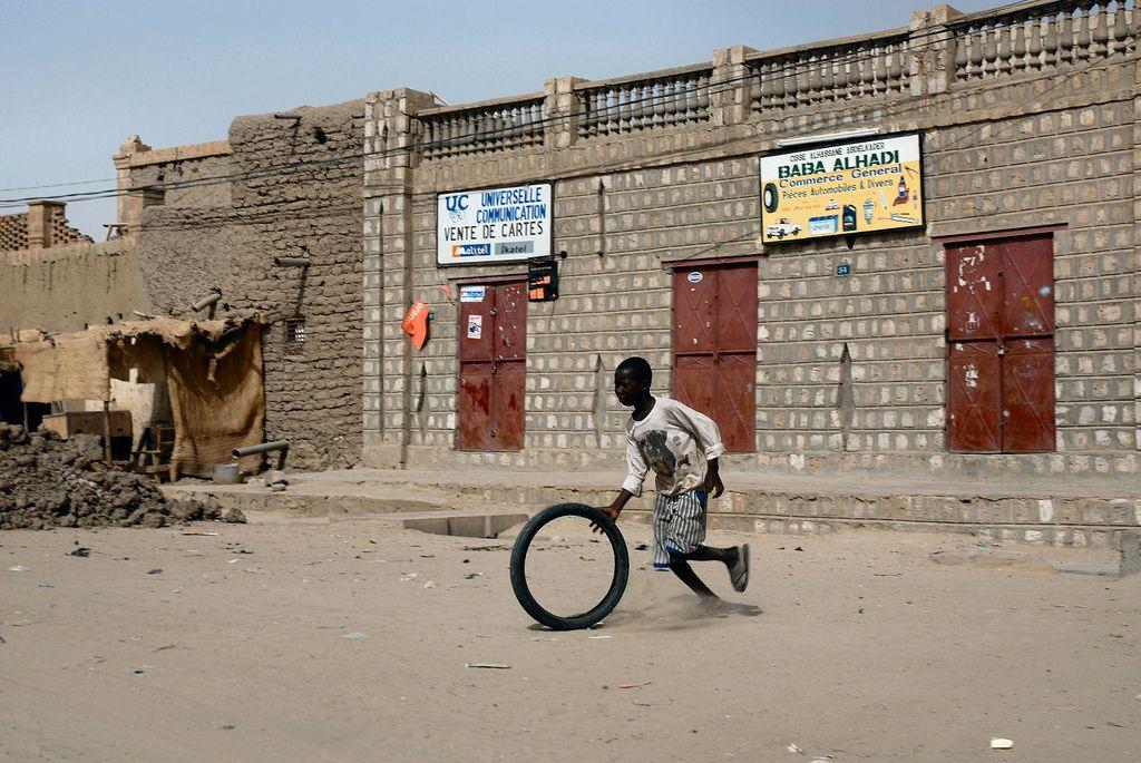 timbuktu8 Typical Street Scene in Timbuktu