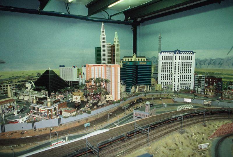 wunderland miniatur14 Worlds Biggest Miniatur Railway Wunderland Hamburg