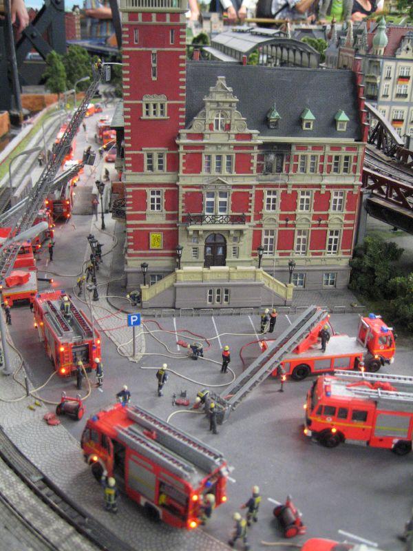 wunderland miniatur16 Worlds Biggest Miniatur Railway Wunderland Hamburg