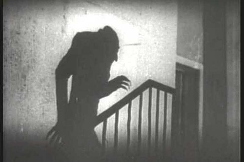 nosferatu4 Nosferatu   A Symphony of Horror