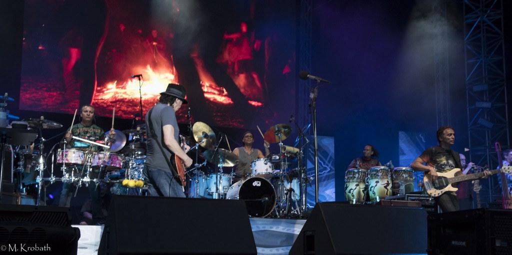 carlos santana3 Carlos Santana   Latin Rock Legend in Europe