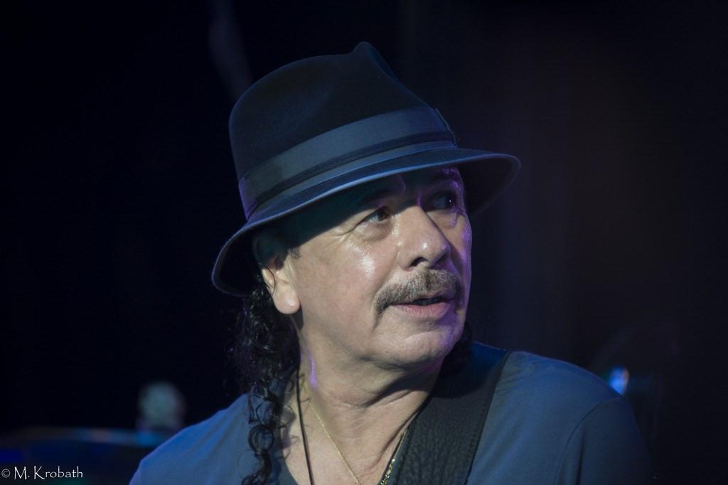 carlos santana8 Carlos Santana   Latin Rock Legend in Europe