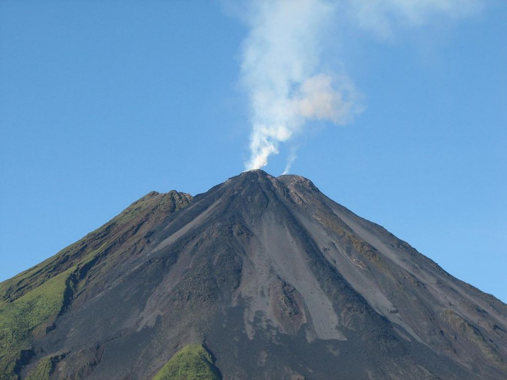 arenal volcano3 Arenal Volcano in Costa Rica