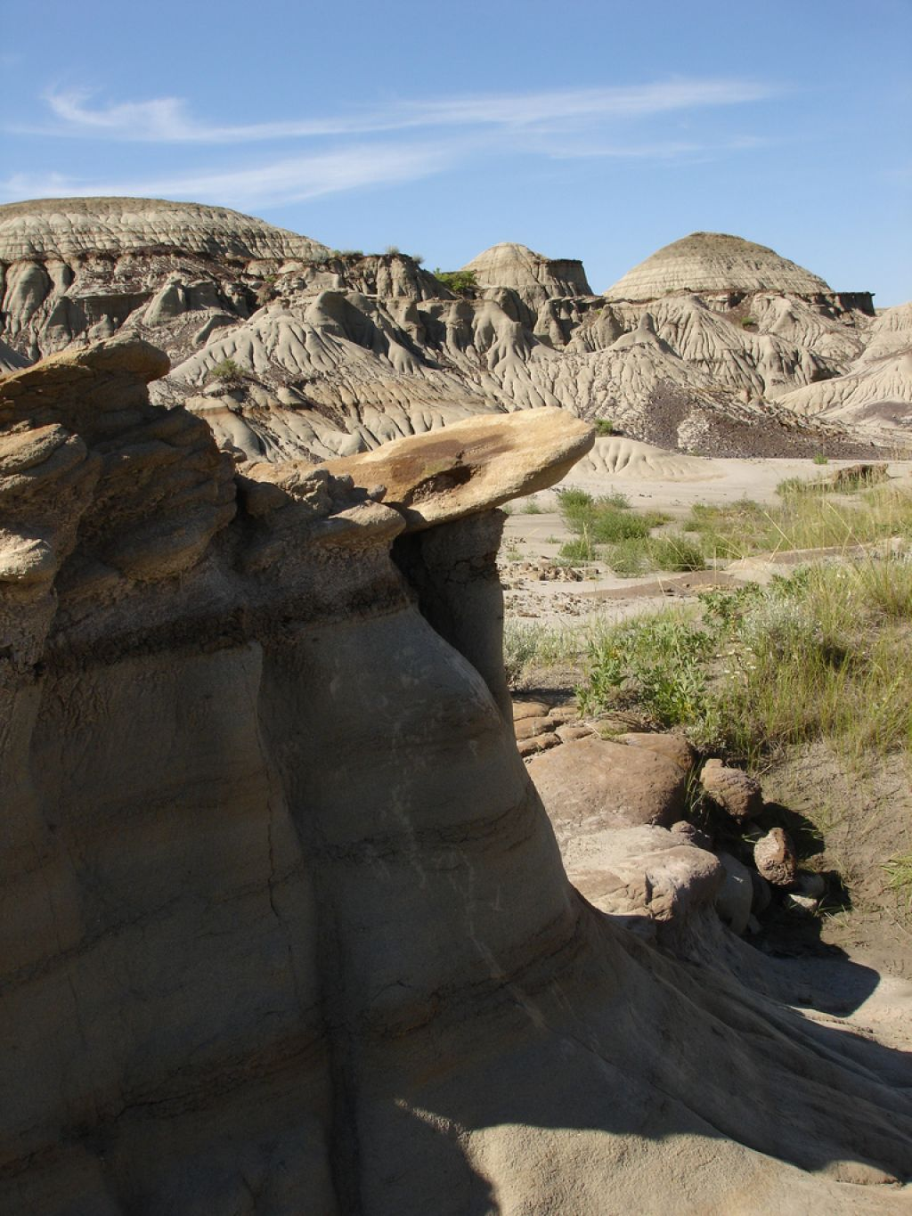 dinosaur provincial park10 Dinosaur Provincial Park   The Richest Dinosaur Fossil Site