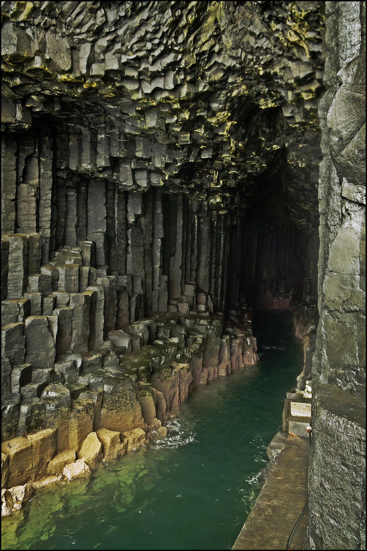 fingal3 Fingals Cave and Staffa Coast, Scotland