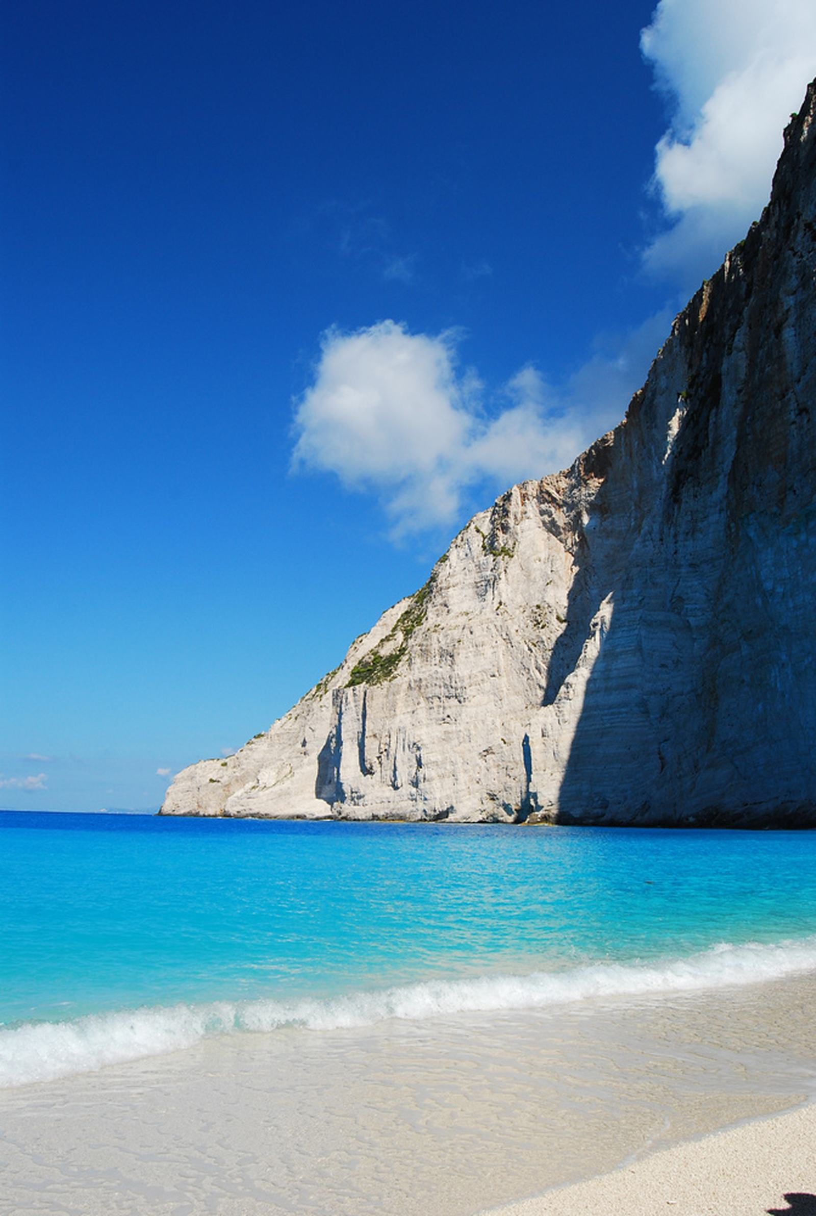 navagio beach3 Most Spectacular Navagio Beach, Zakynthos