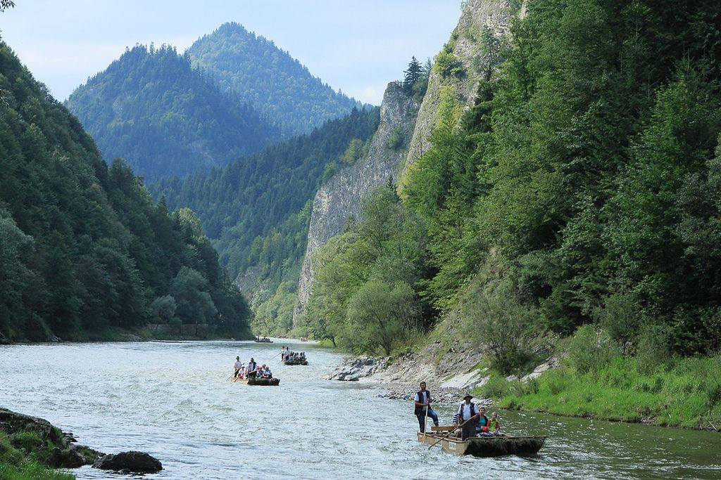 river rafting7 Rafting down the Dunajec Gorges