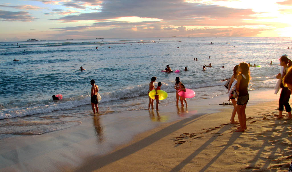 waikiki beach1 Where to Spend Christmas Holidays